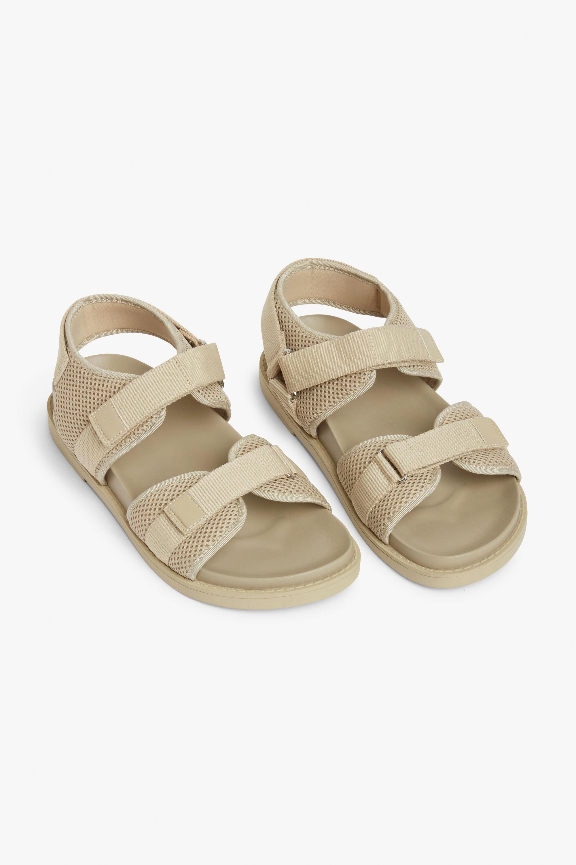 Hiking sandals beige monki