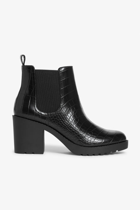 Stretchy ankle boots
