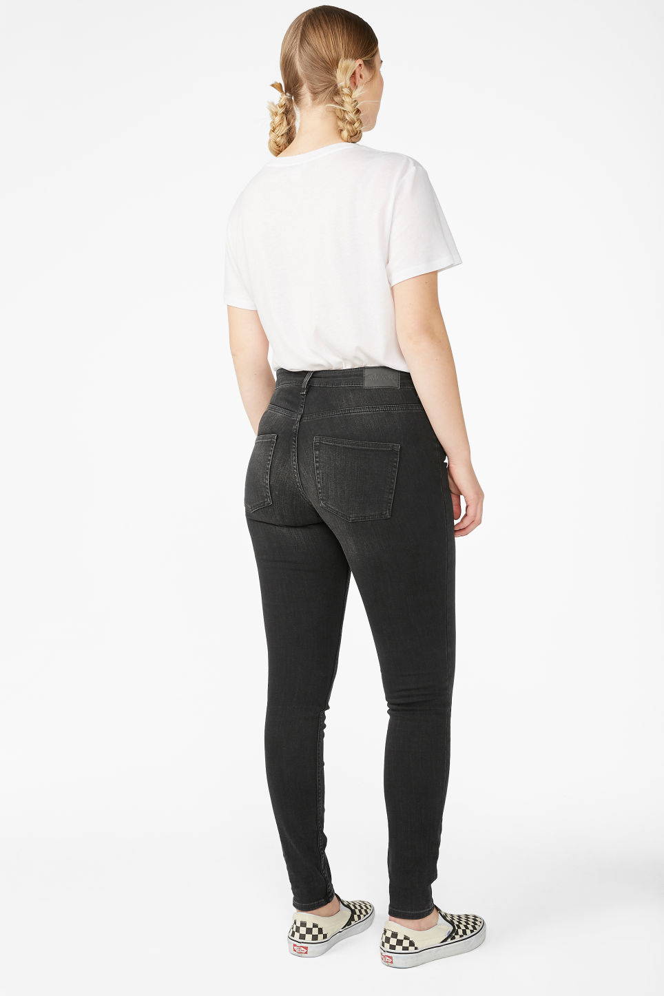 Model back image of Monki mocki washed black jeans in black