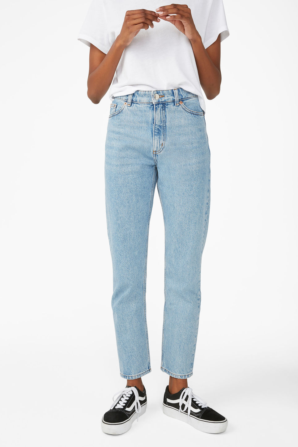 Model side image of Monki kimomo mid blue jeans in blue
