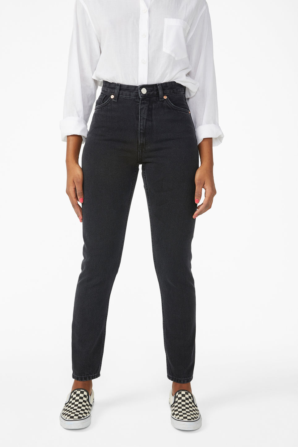 Model side image of Monki kimomo black jeans in black