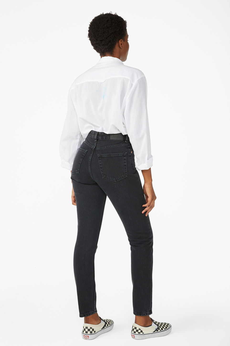 Model back image of Monki kimomo black jeans in black