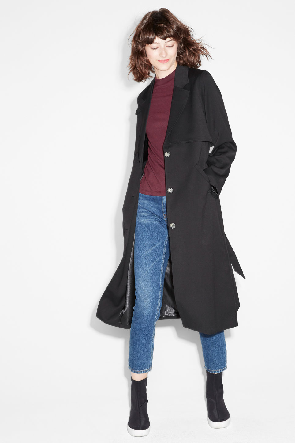 Model front image of Monki lightweight trench in black
