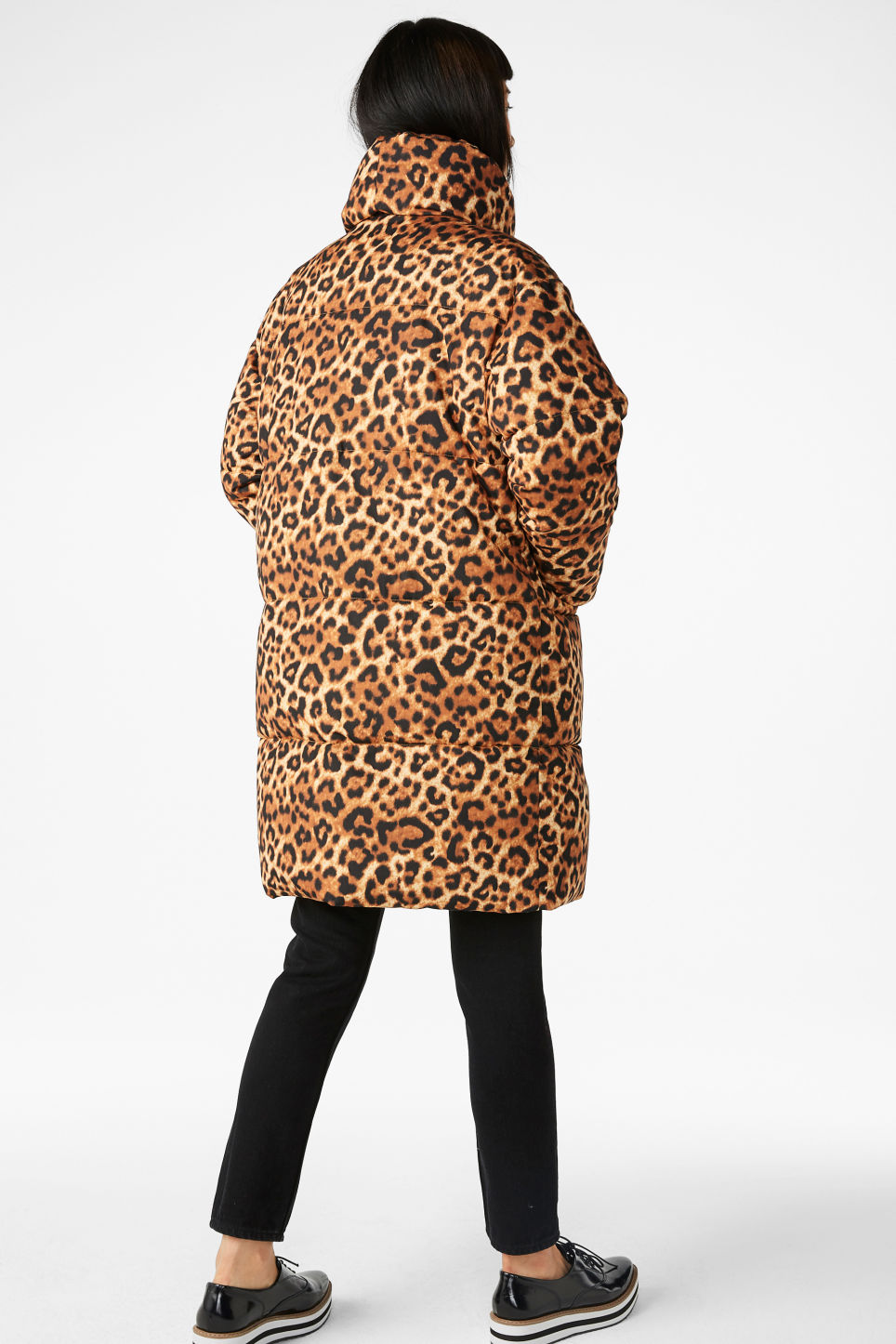 Model back image of Monki puff coat in yellow
