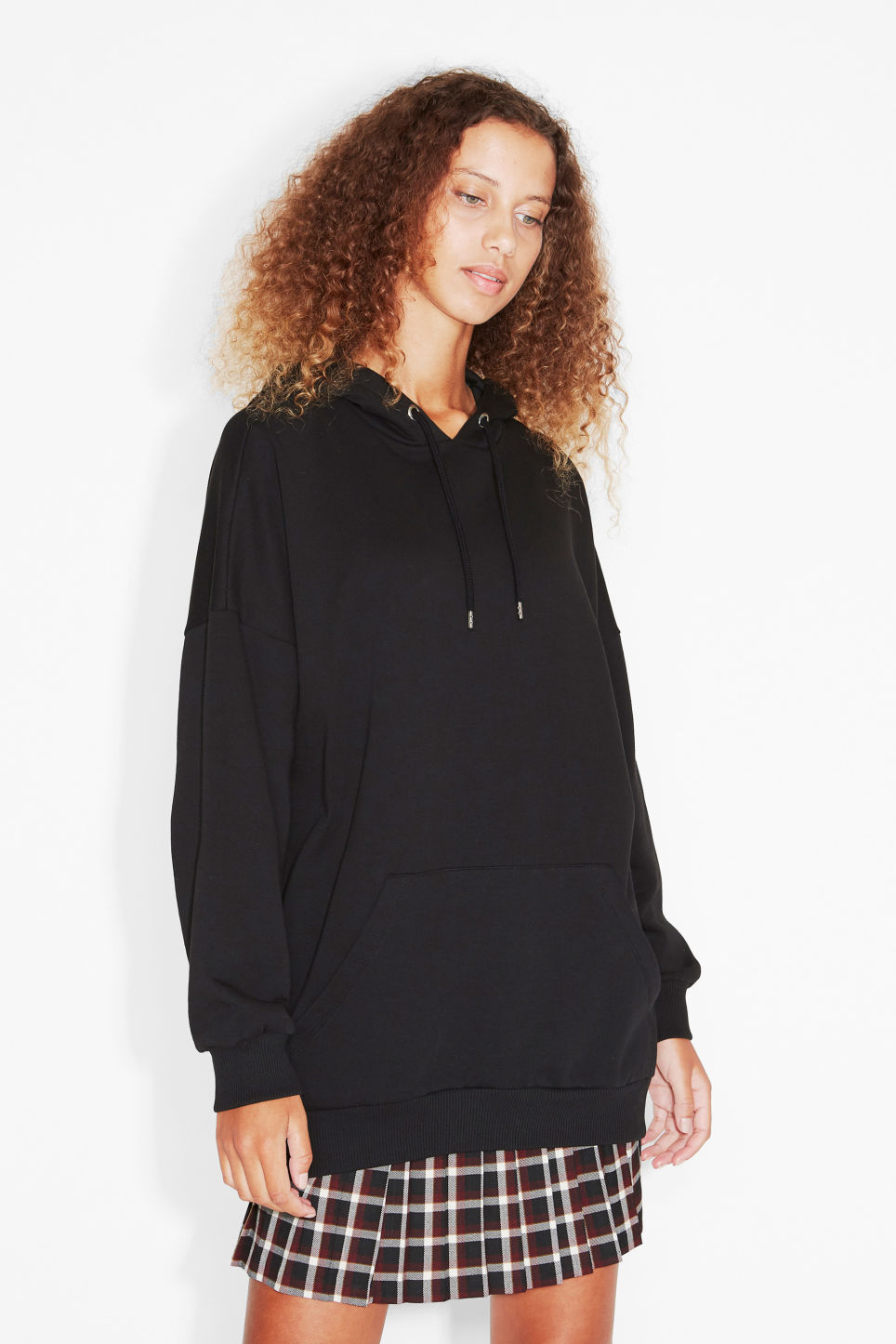 Model front image of Monki oversize hoodie in black