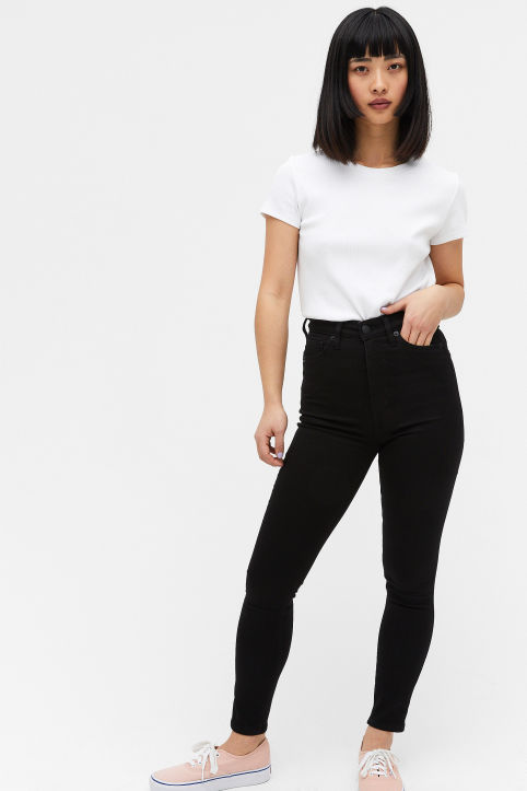 Oki cropped black deluxe jeans