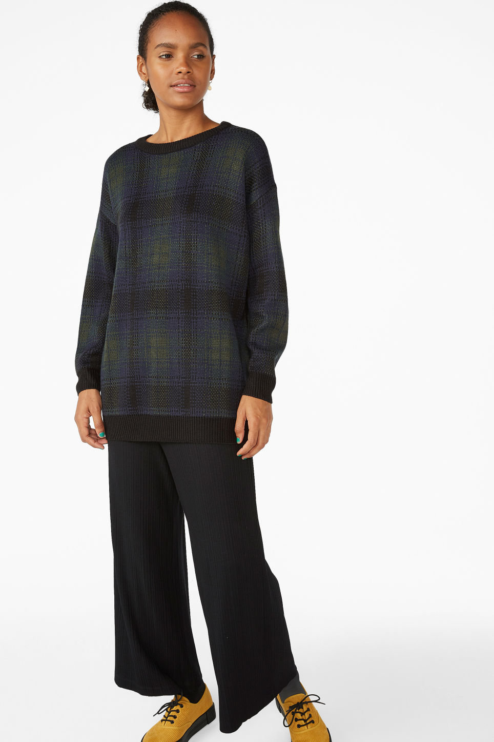 Model front image of Monki jacquard knit in green