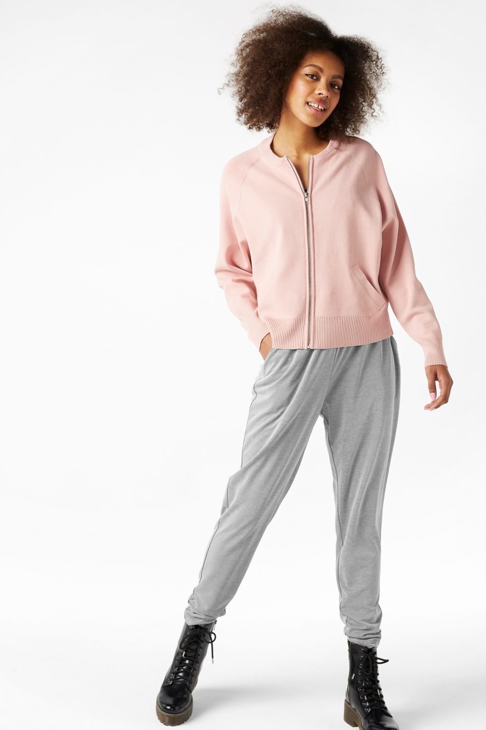Model front image of Monki loungey trousers in grey