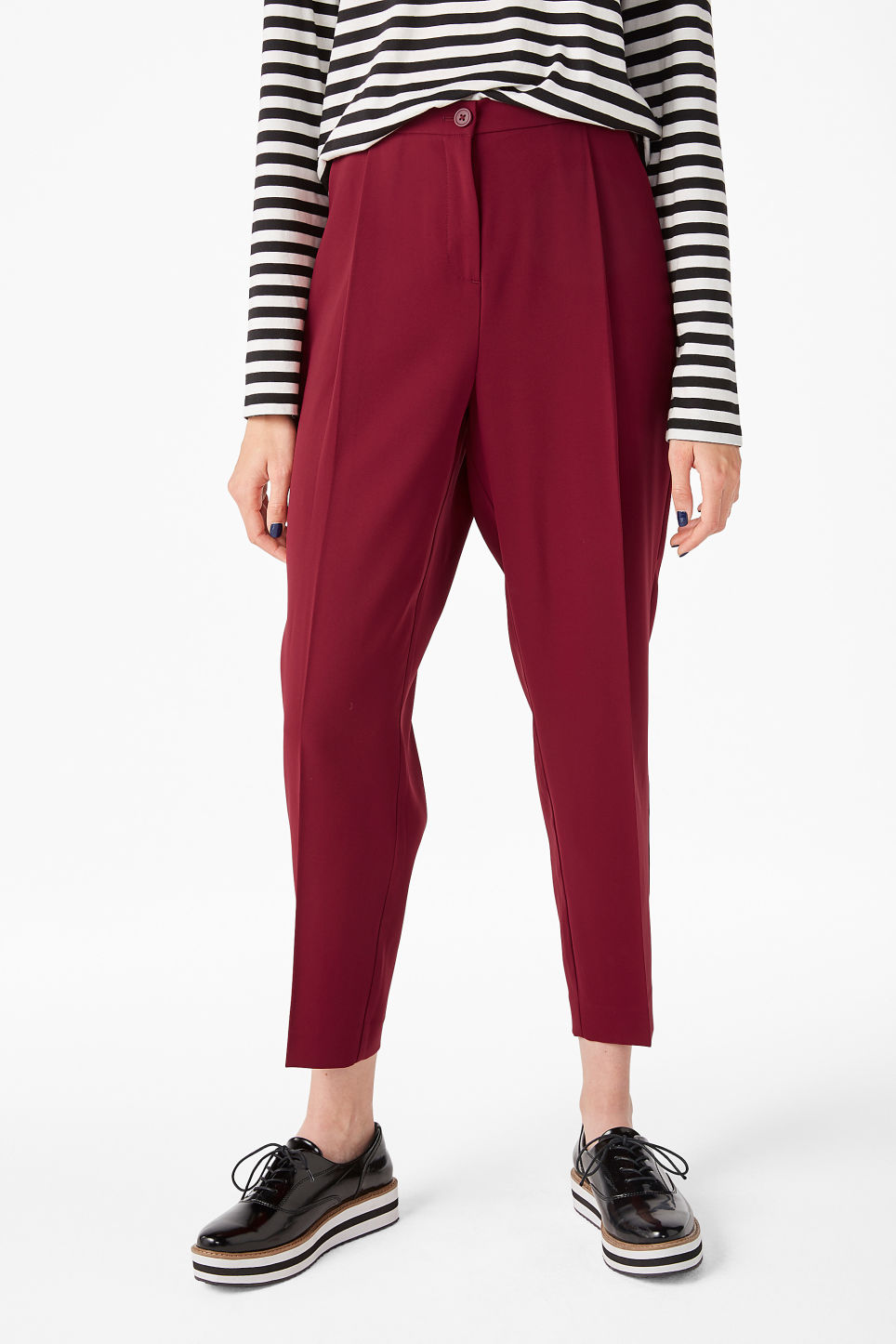 Model front image of Monki dressy trousers in red