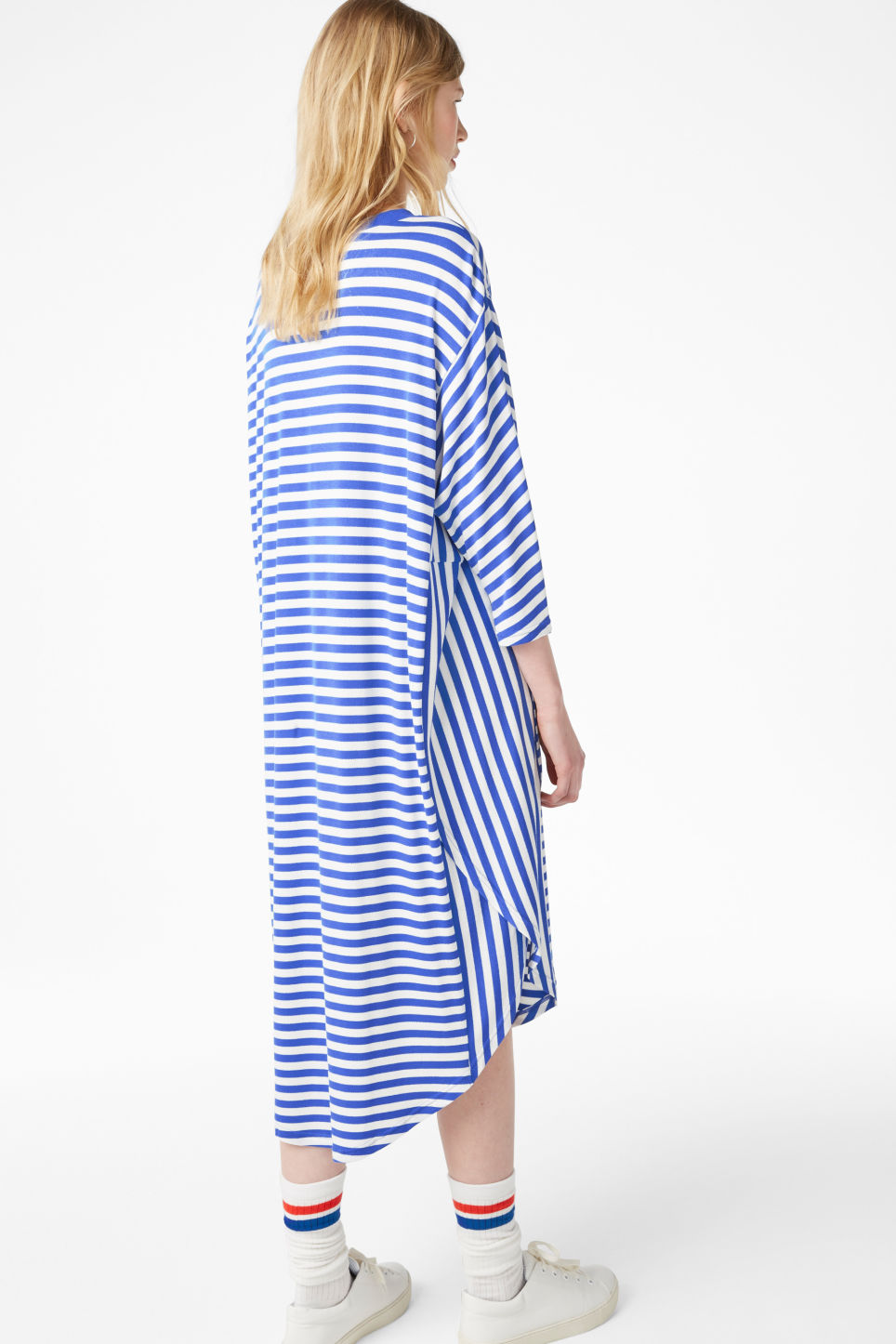 Model back image of Monki oversized dress in blue