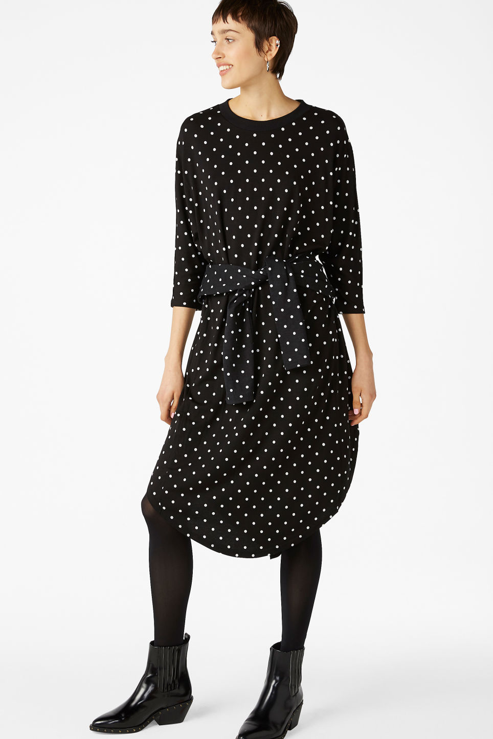 Model front image of Monki oversized dress in black