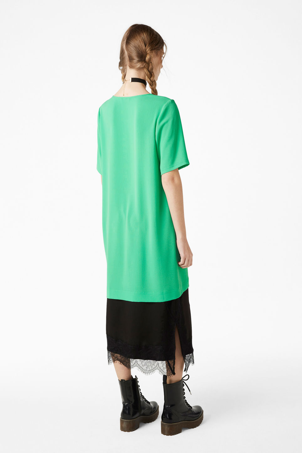 Model back image of Monki textured t-shirt dress in green