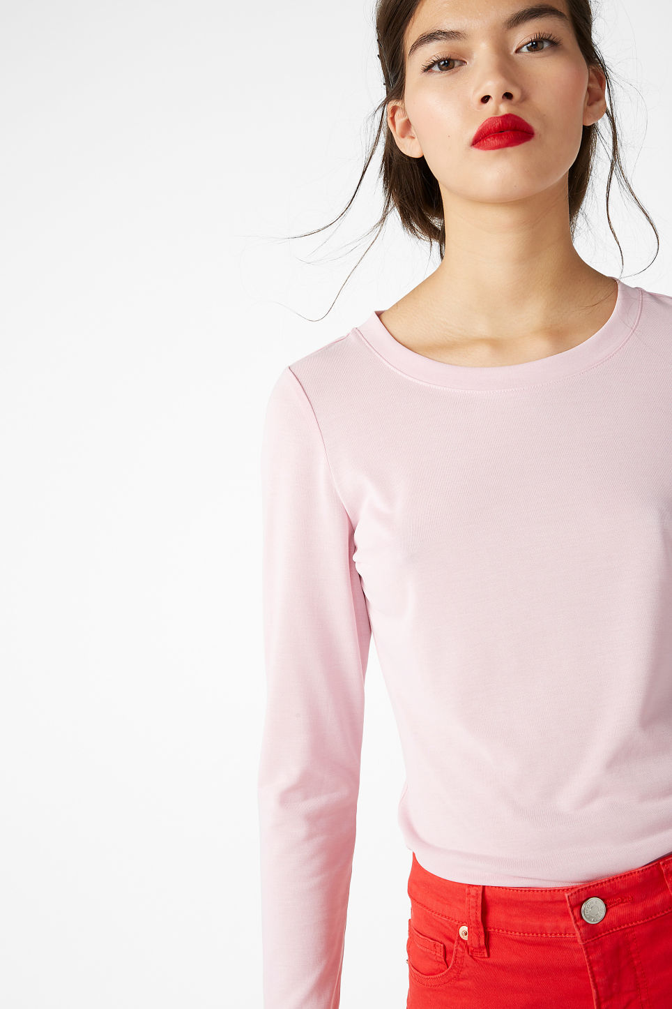 Model front image of Monki super-soft long sleeve top in pink