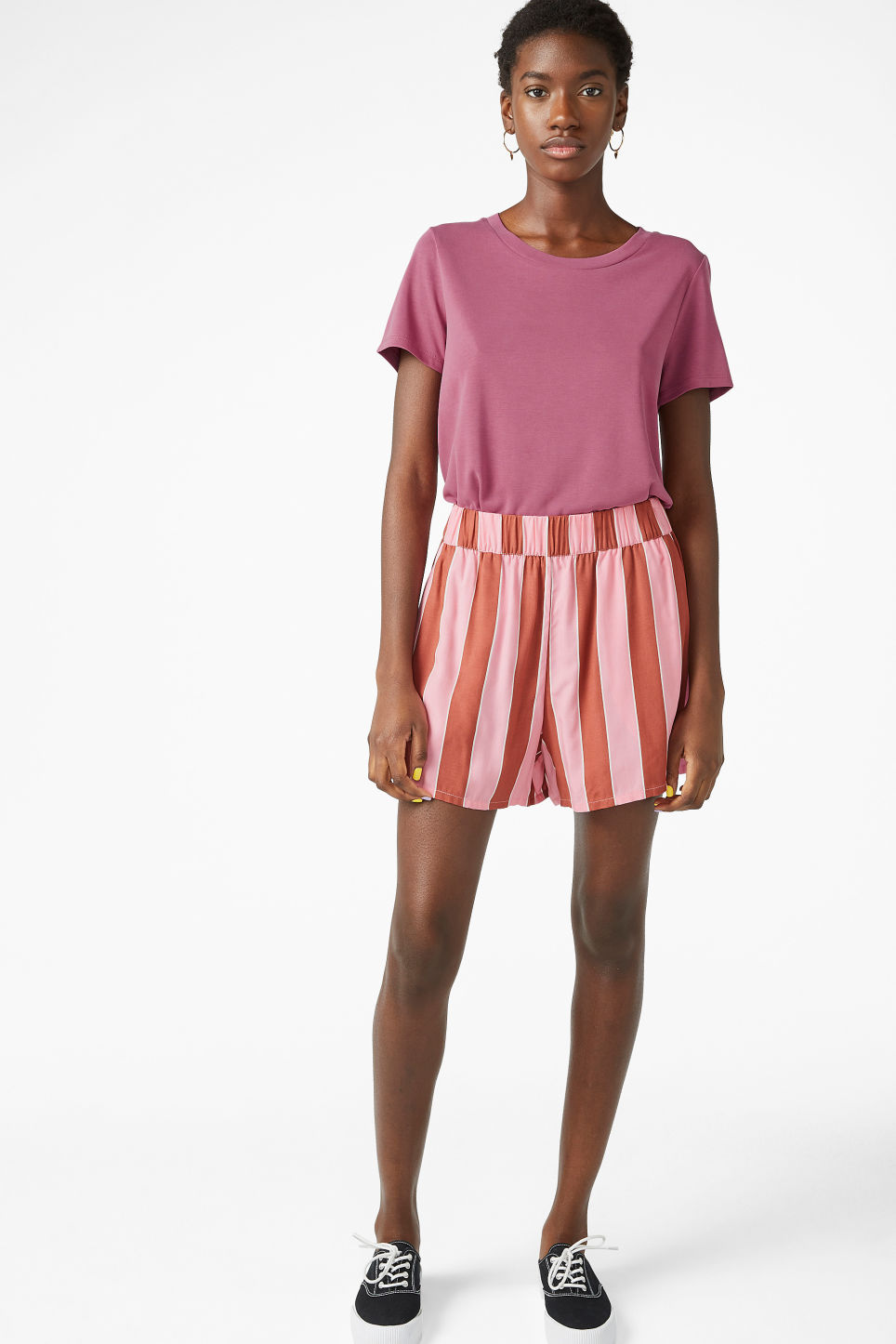 Model front image of Monki super-soft tee in pink