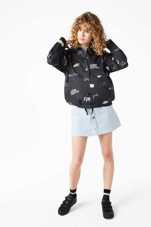 Statement print windbreaker