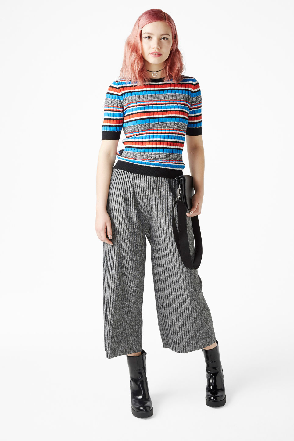 Model front image of Monki pleated palazzo trousers in grey
