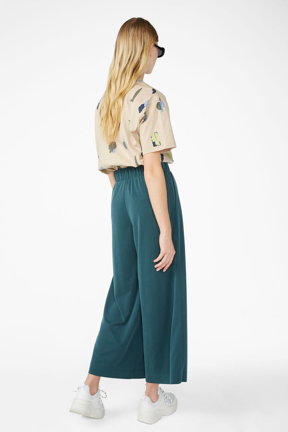 Model back image of Monki super-soft trousers in green