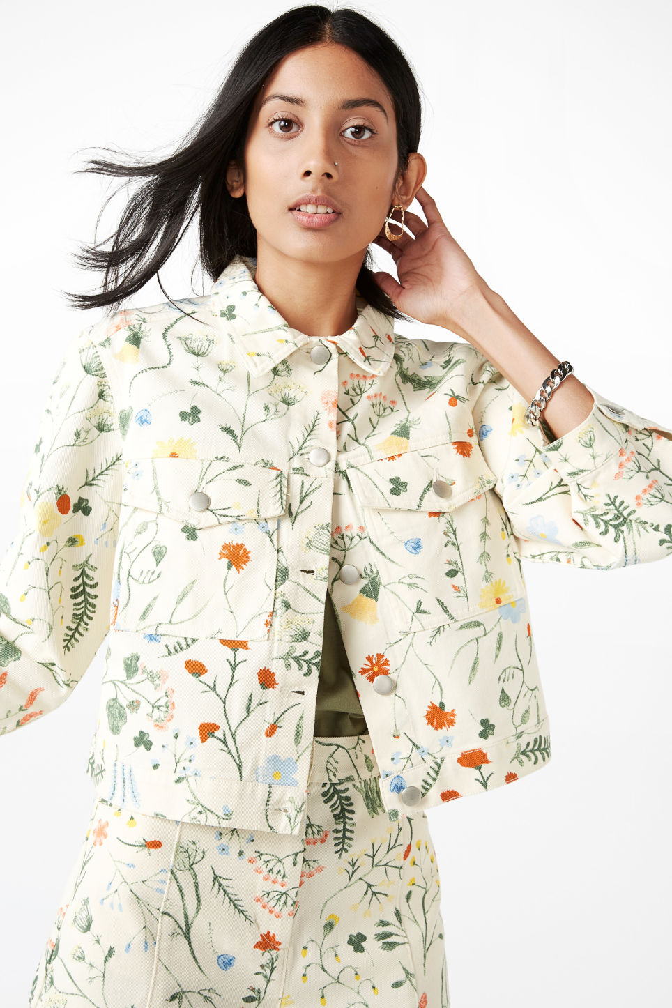 Model front image of Monki cropped floral denim jacket in white