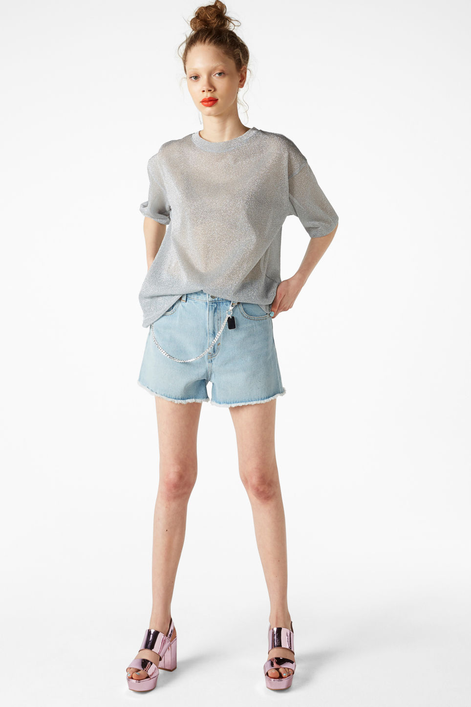 Model front image of Monki oversize mesh top in silver