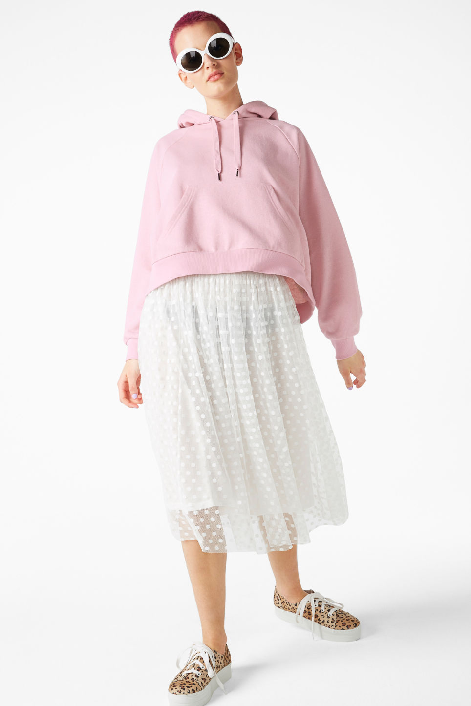 Model back image of Monki polka dot lace skirt in white