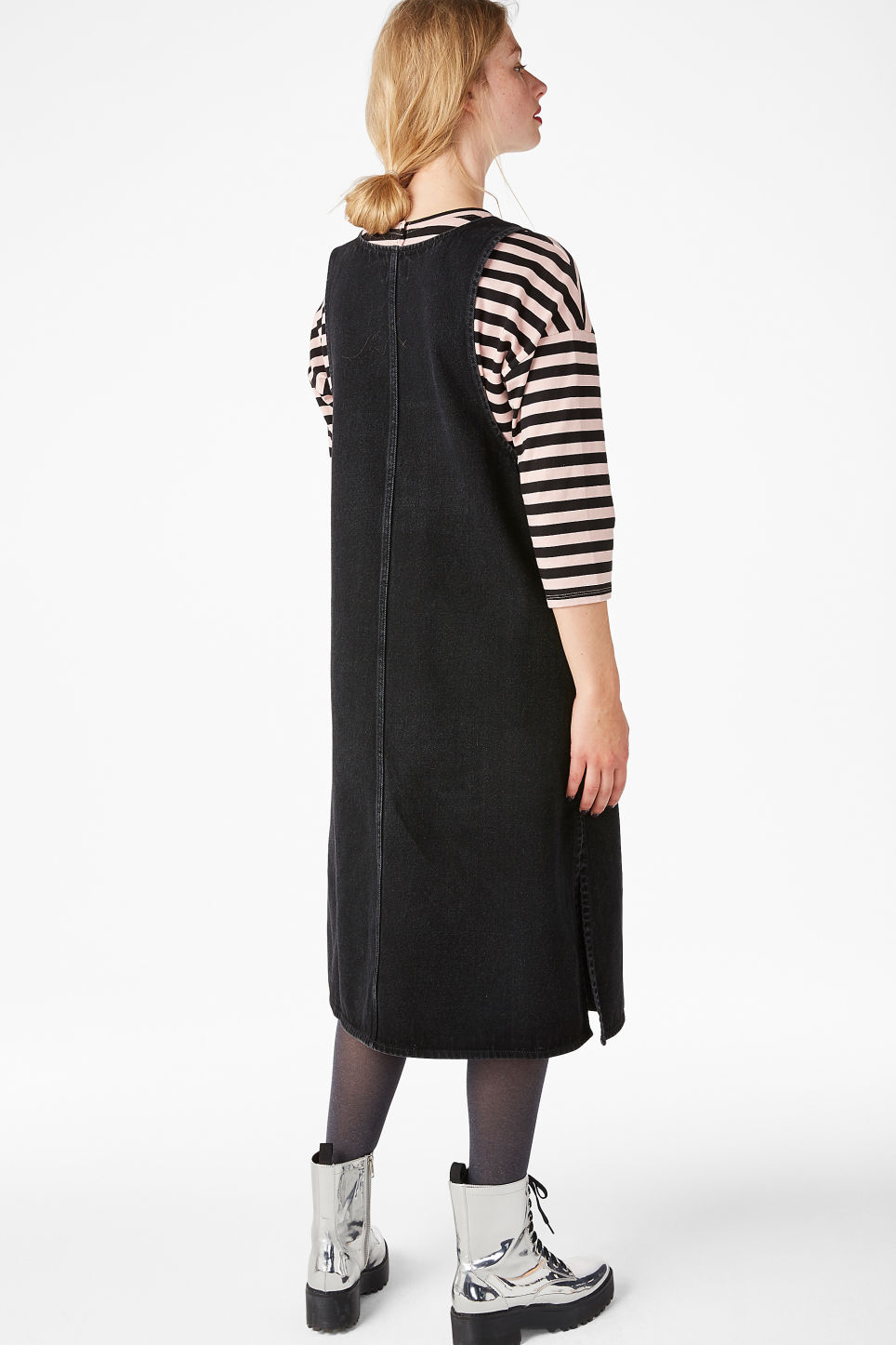 Model back image of Monki long denim pinafore dress in black