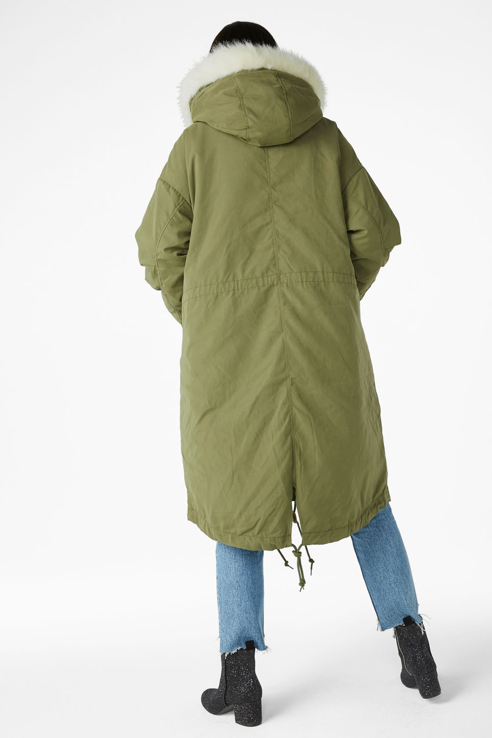 Model back image of Monki hooded coat with detachable lining in green