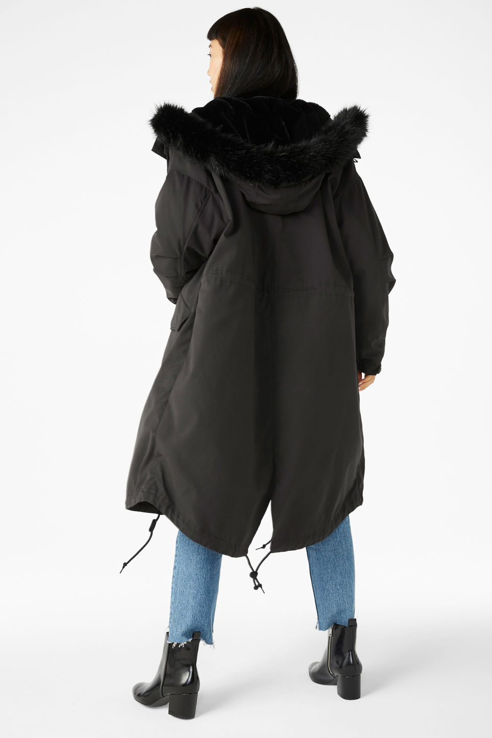Model back image of Monki hooded coat with detachable lining in black