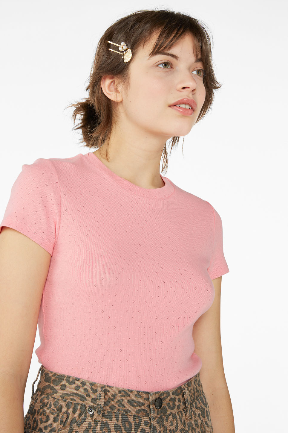 Model front image of Monki stretchy tee in pink
