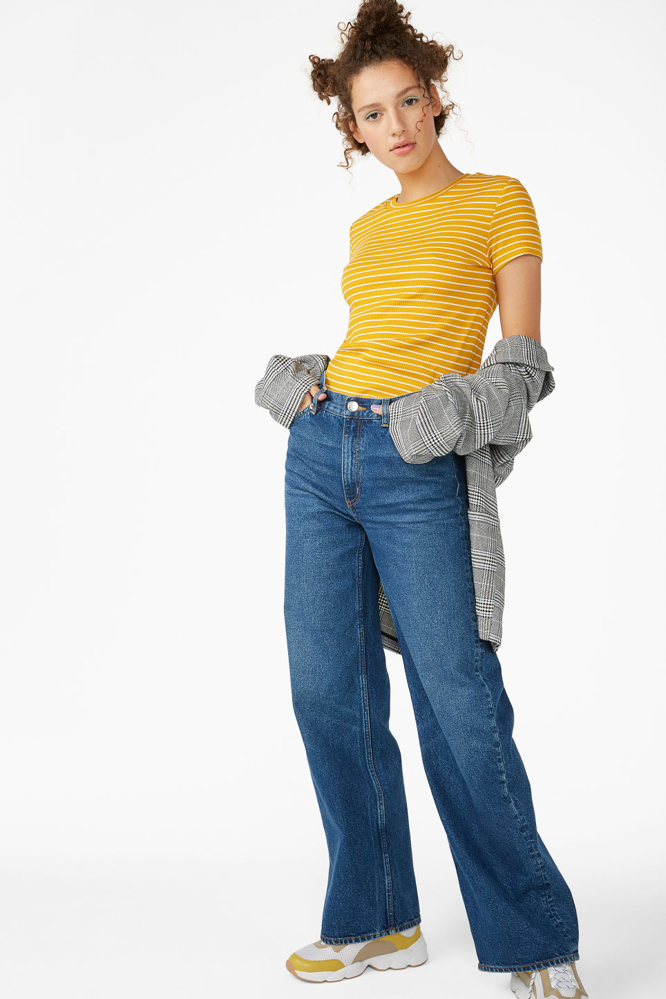 Model side image of Monki ribbed tee in yellow