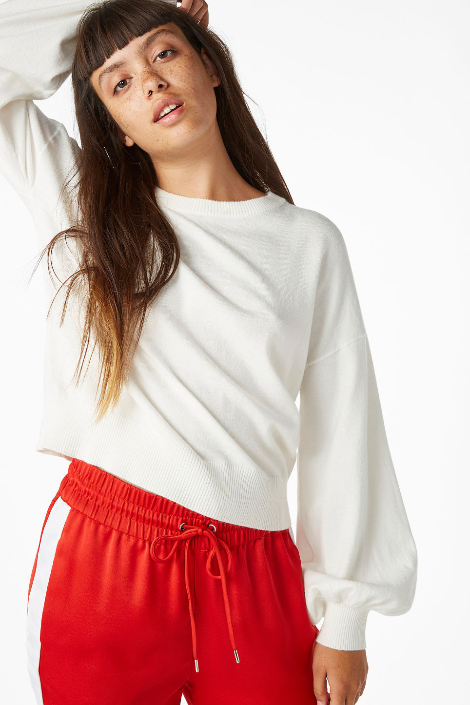 Model front image of Monki balloon sleeve sweater in white