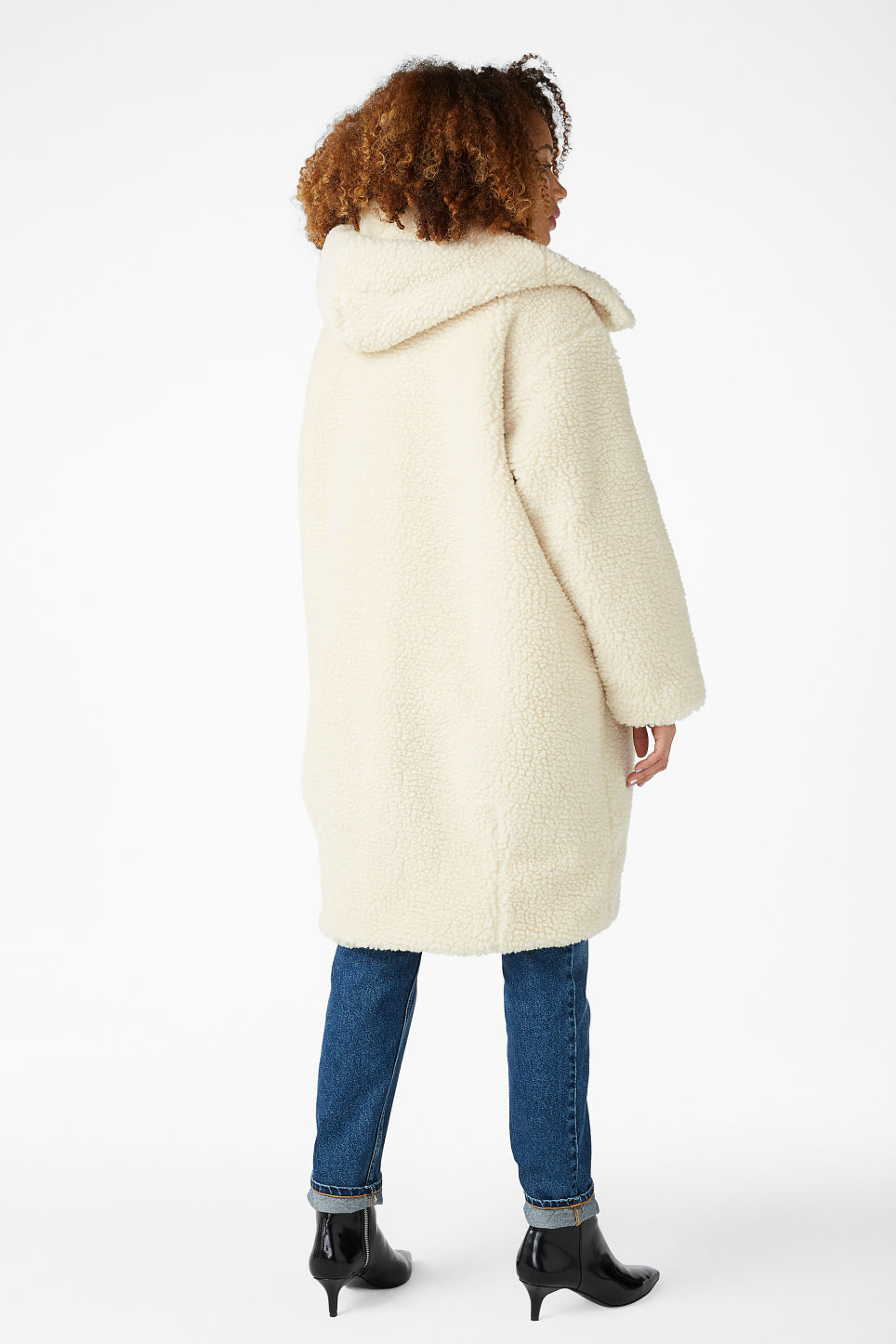 Model back image of Monki faux shearling coat in white
