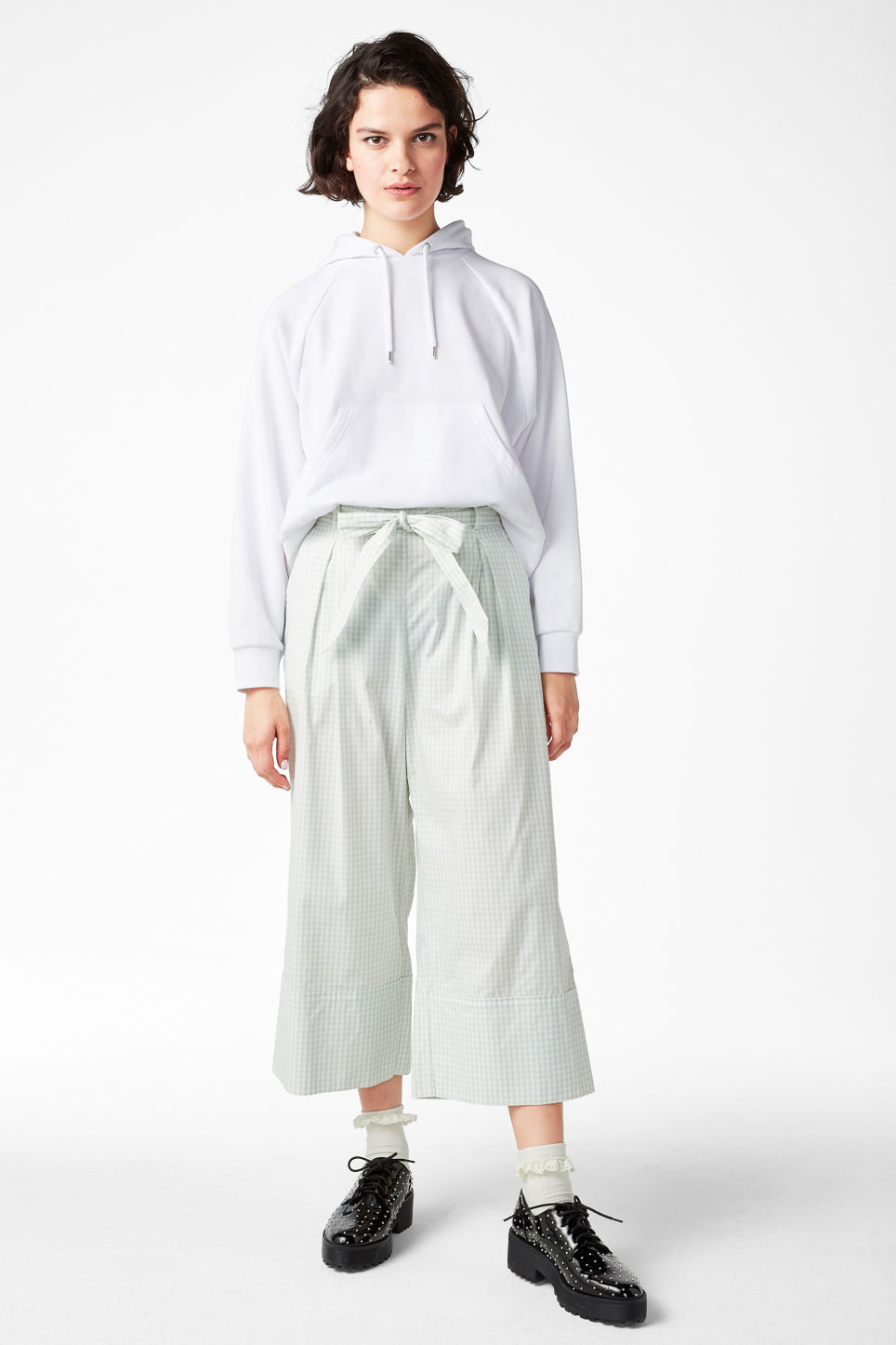 Model front image of Monki culottes with paper bag waist in green