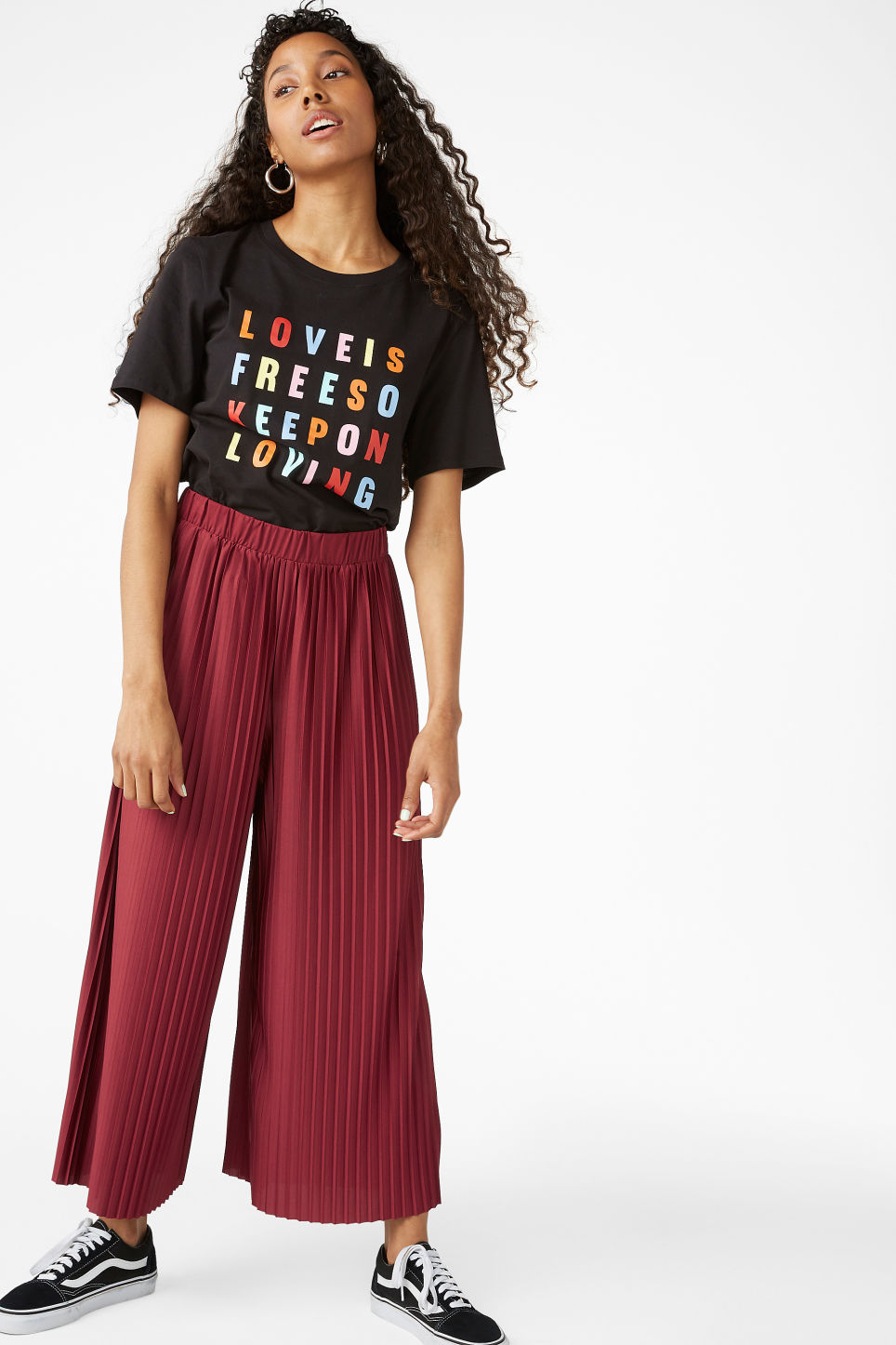 Model front image of Monki wide leg pleated trousers in red