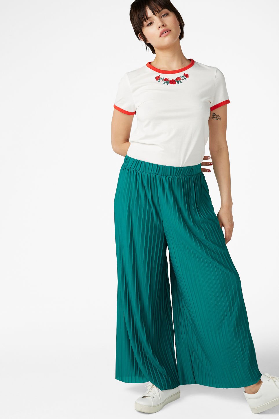Model front image of Monki wide leg pleated trousers in turquoise
