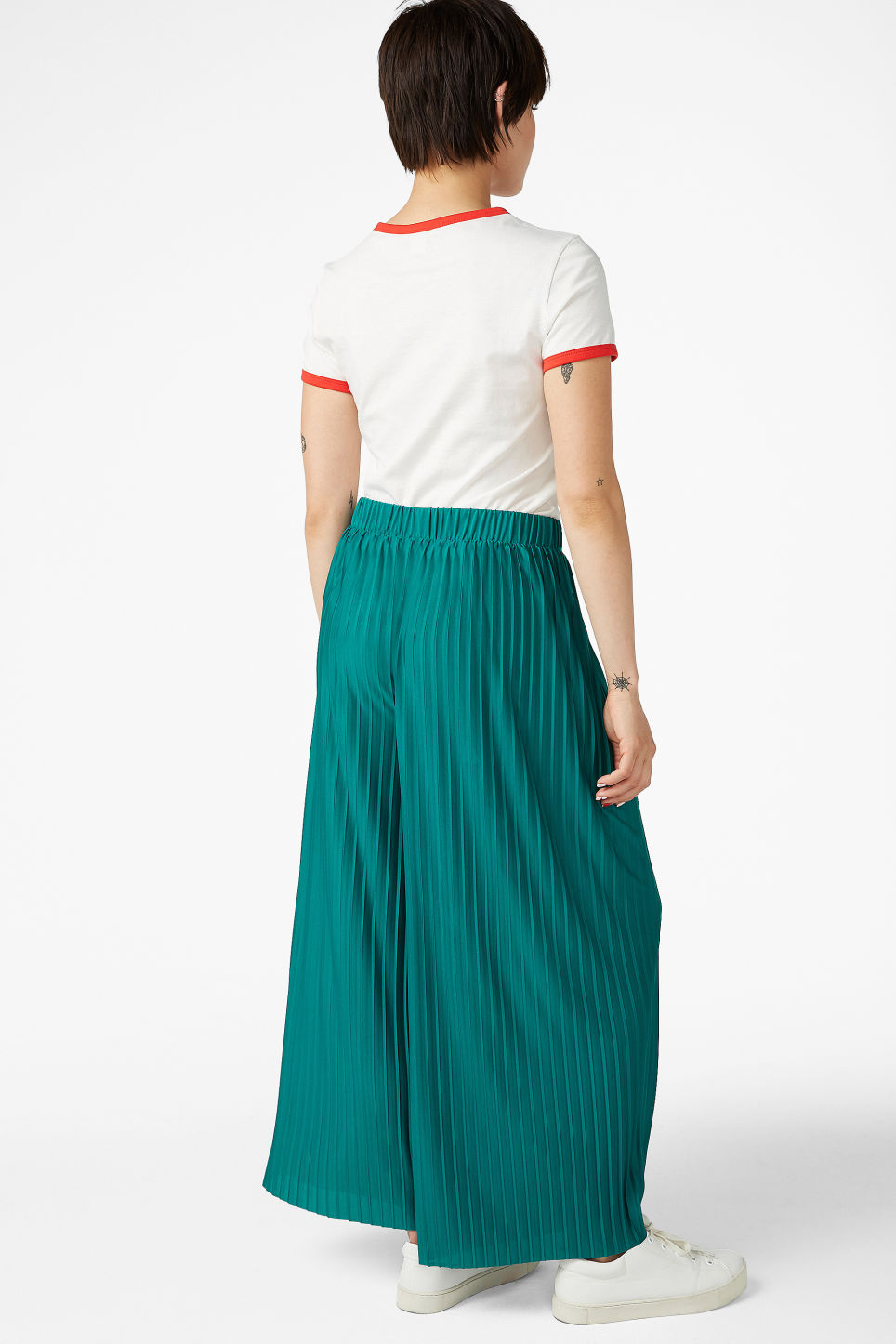 Model back image of Monki wide leg pleated trousers in turquoise