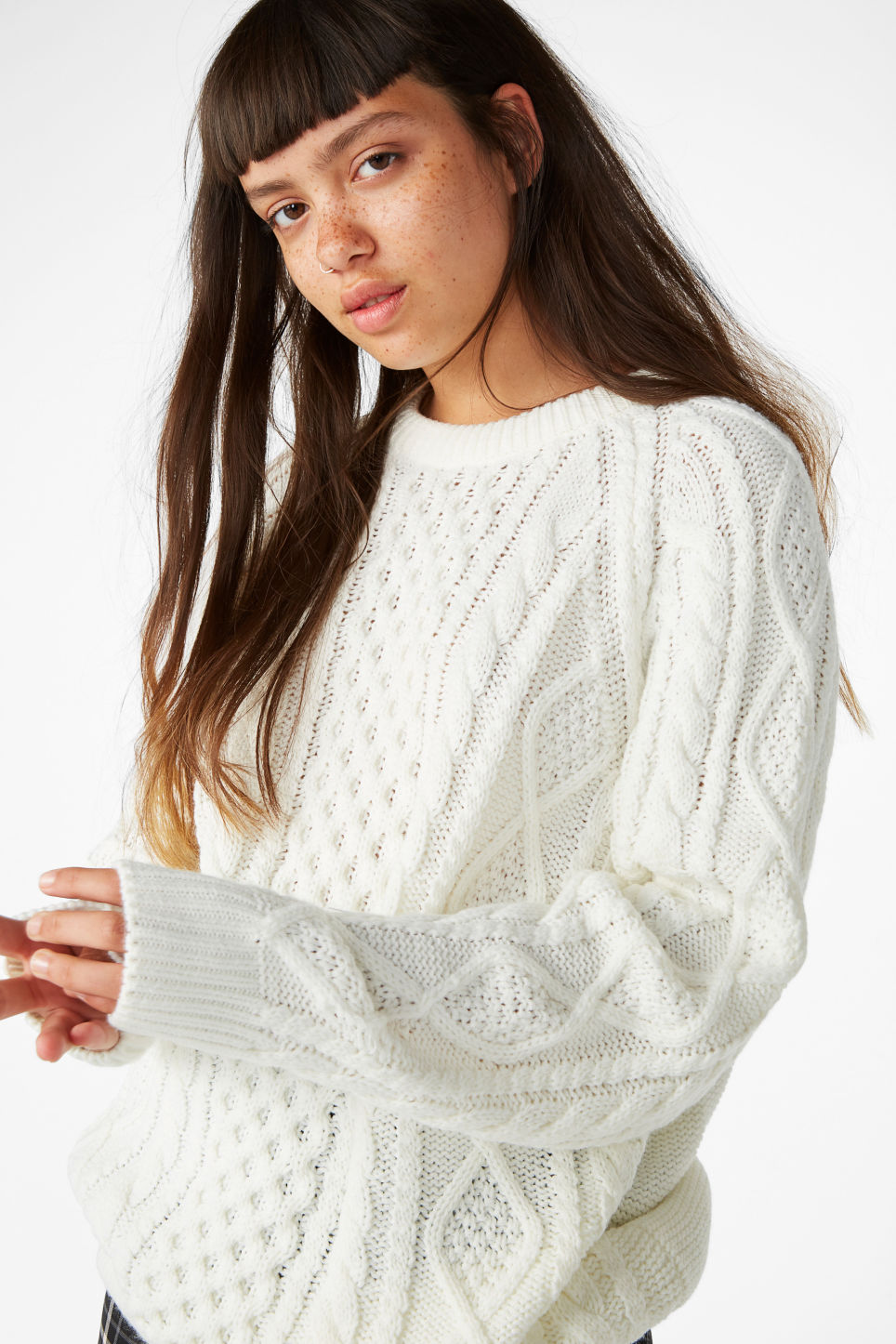 Model front image of Monki oversized knit sweater in white