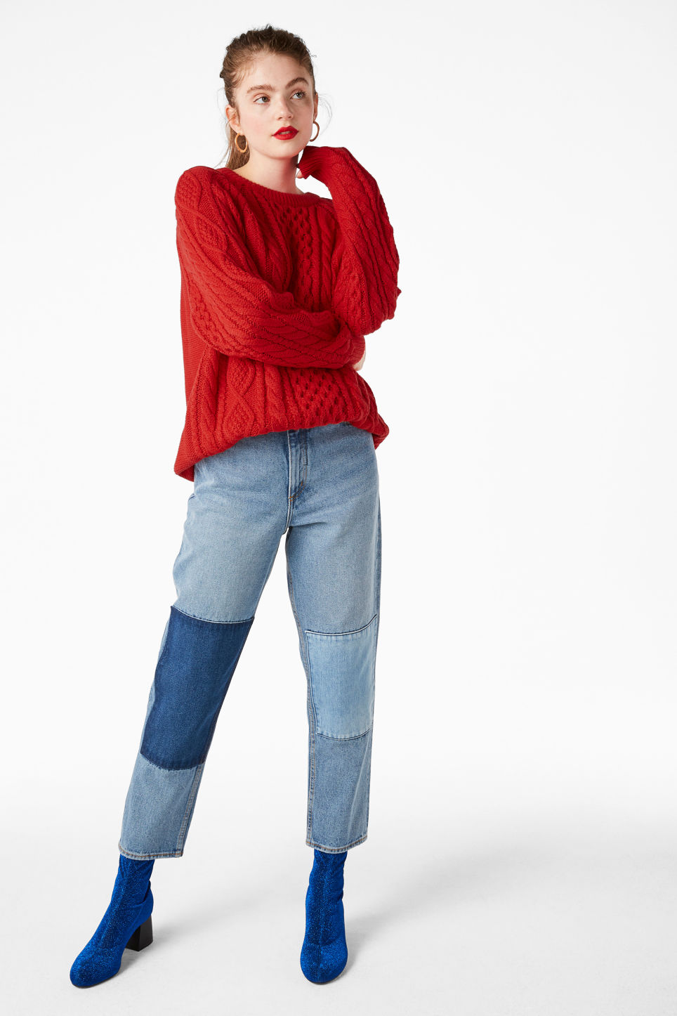 Model front image of Monki oversized knit sweater in red