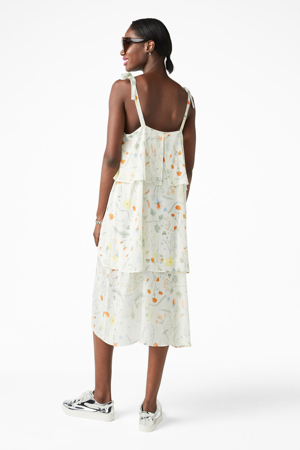 Model back image of Monki shoulder tie dress in white