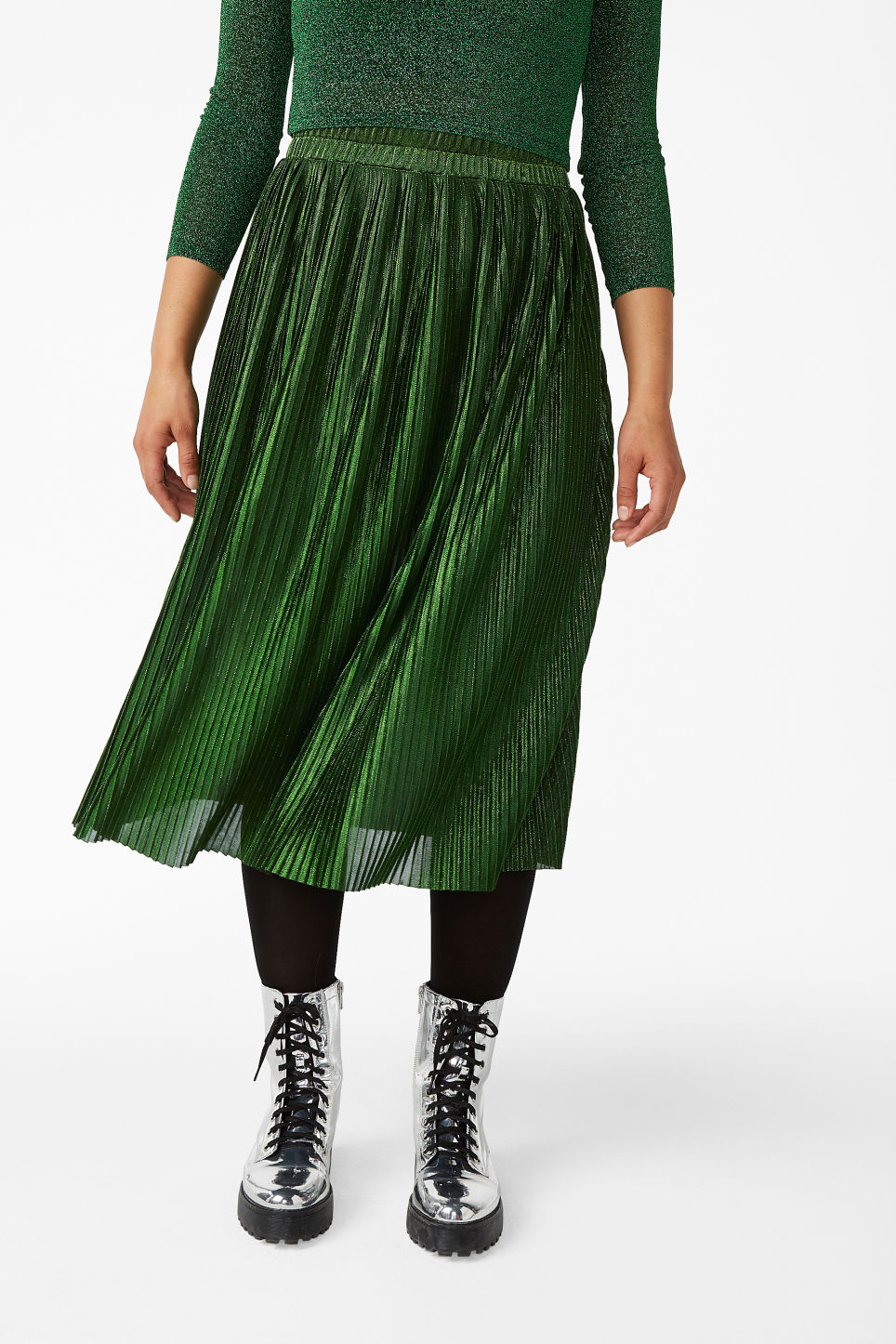 Model front image of Monki long metallic skirt in green