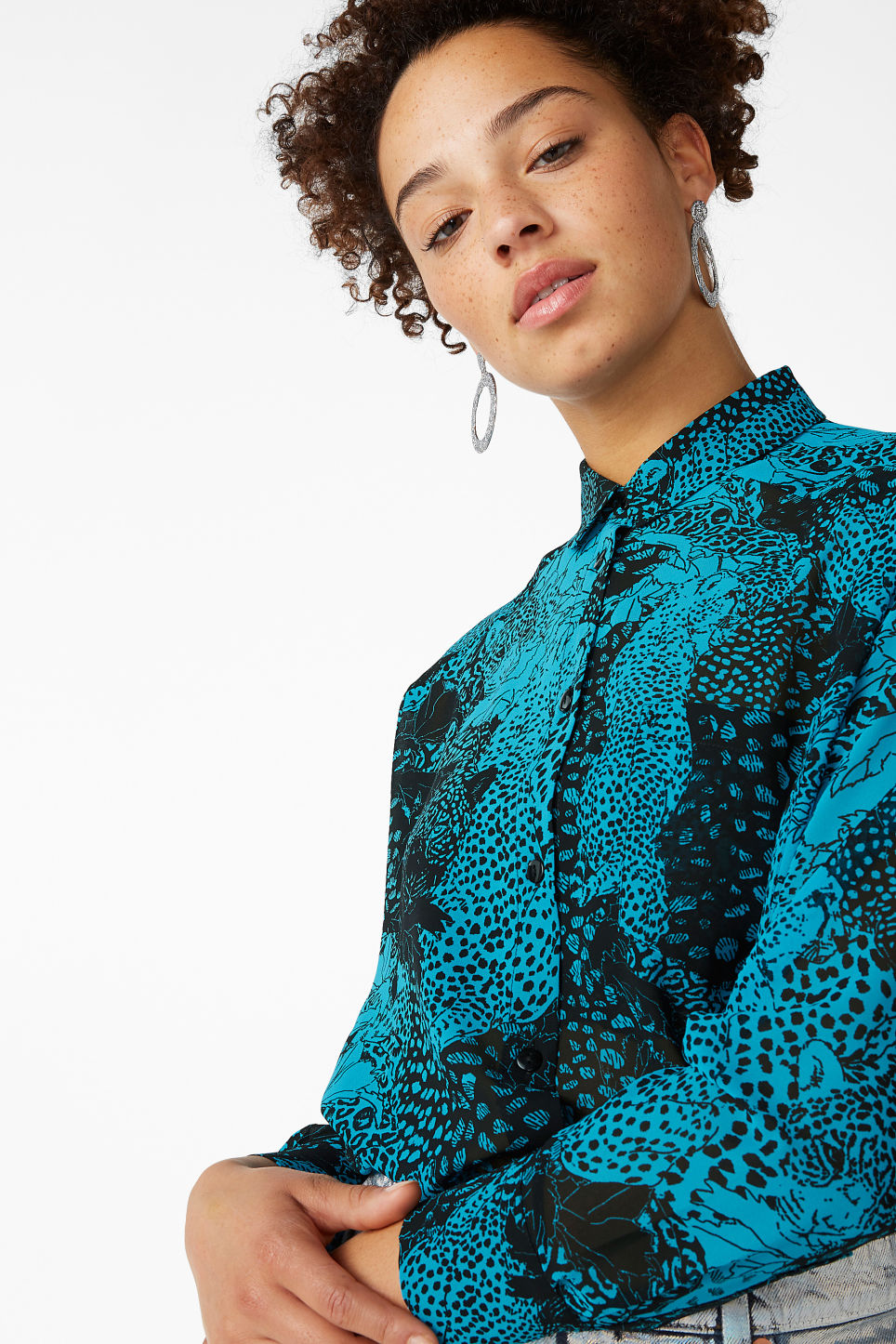 Model front image of Monki long blouse in turquoise