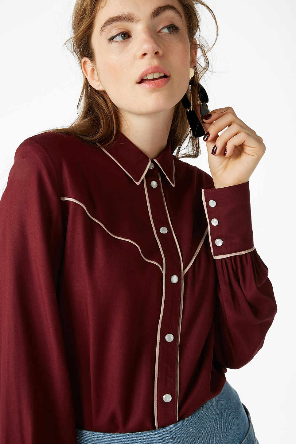 Model front image of Monki western shirt in red