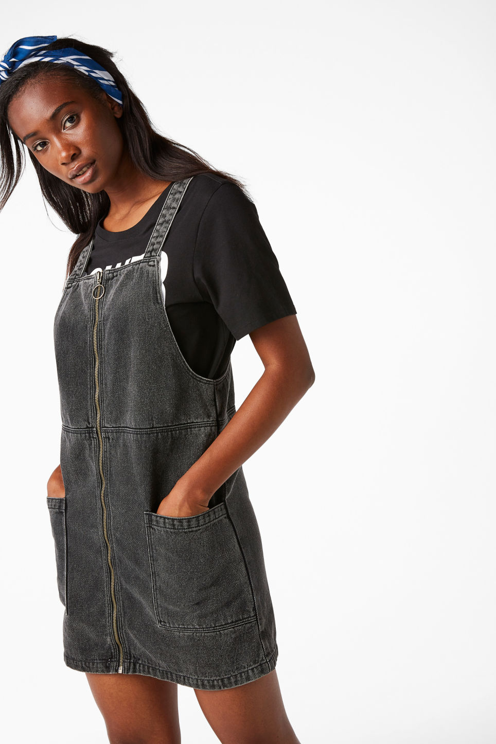 Model back image of Monki pinafore zip dress in black