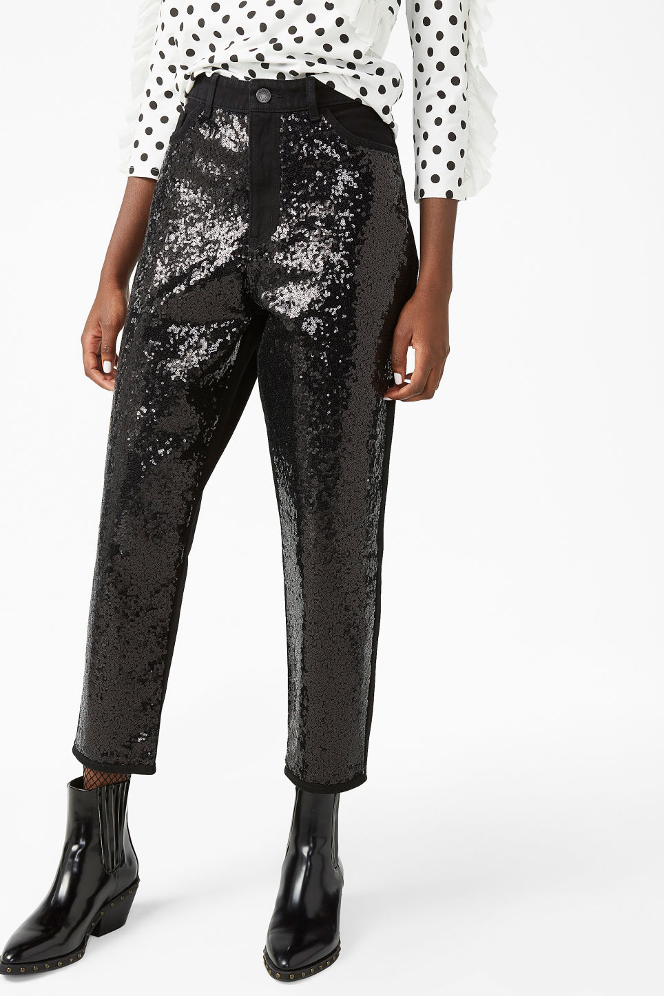 Model front image of Monki taiki sequin jeans in black