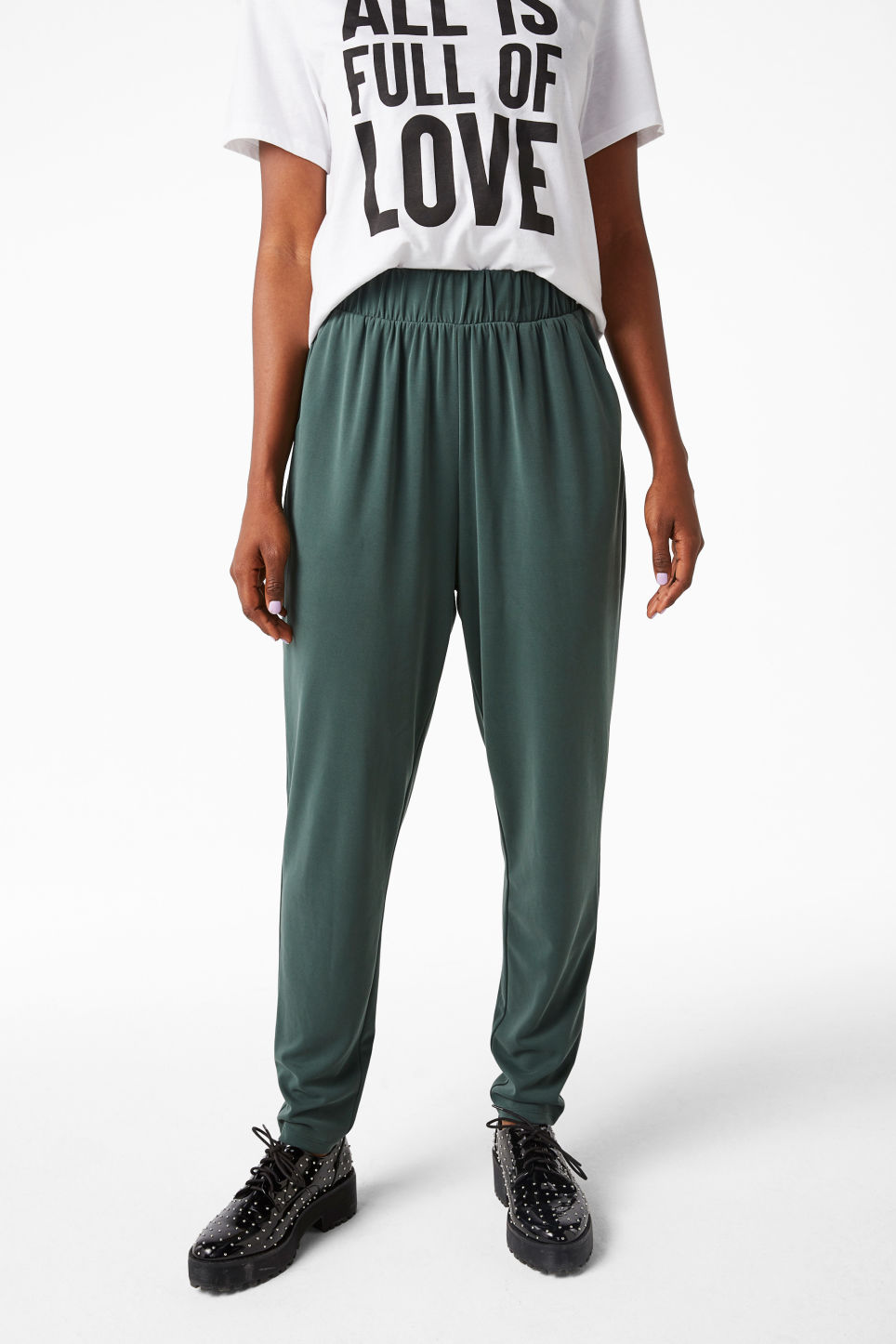 Model front image of Monki super-soft lounge pants in green