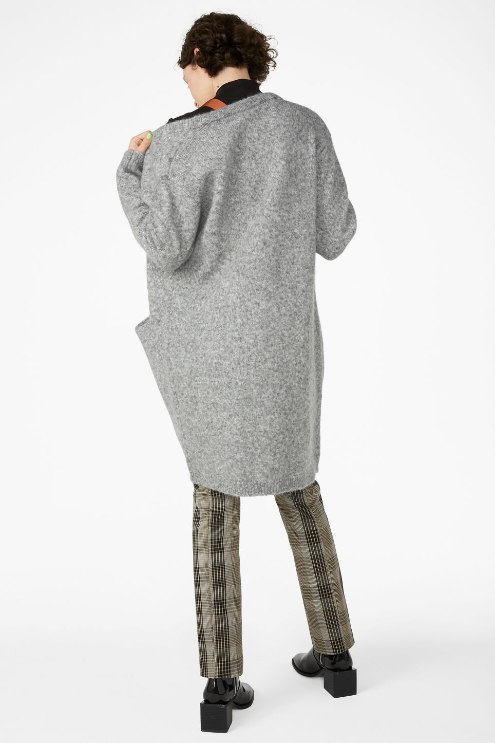Model back image of Monki long cosy cardigan in grey
