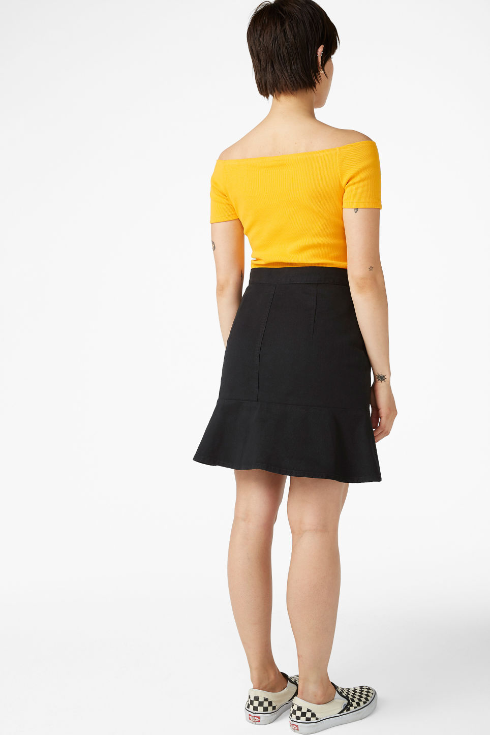 Model back image of Monki off shoulder top in yellow
