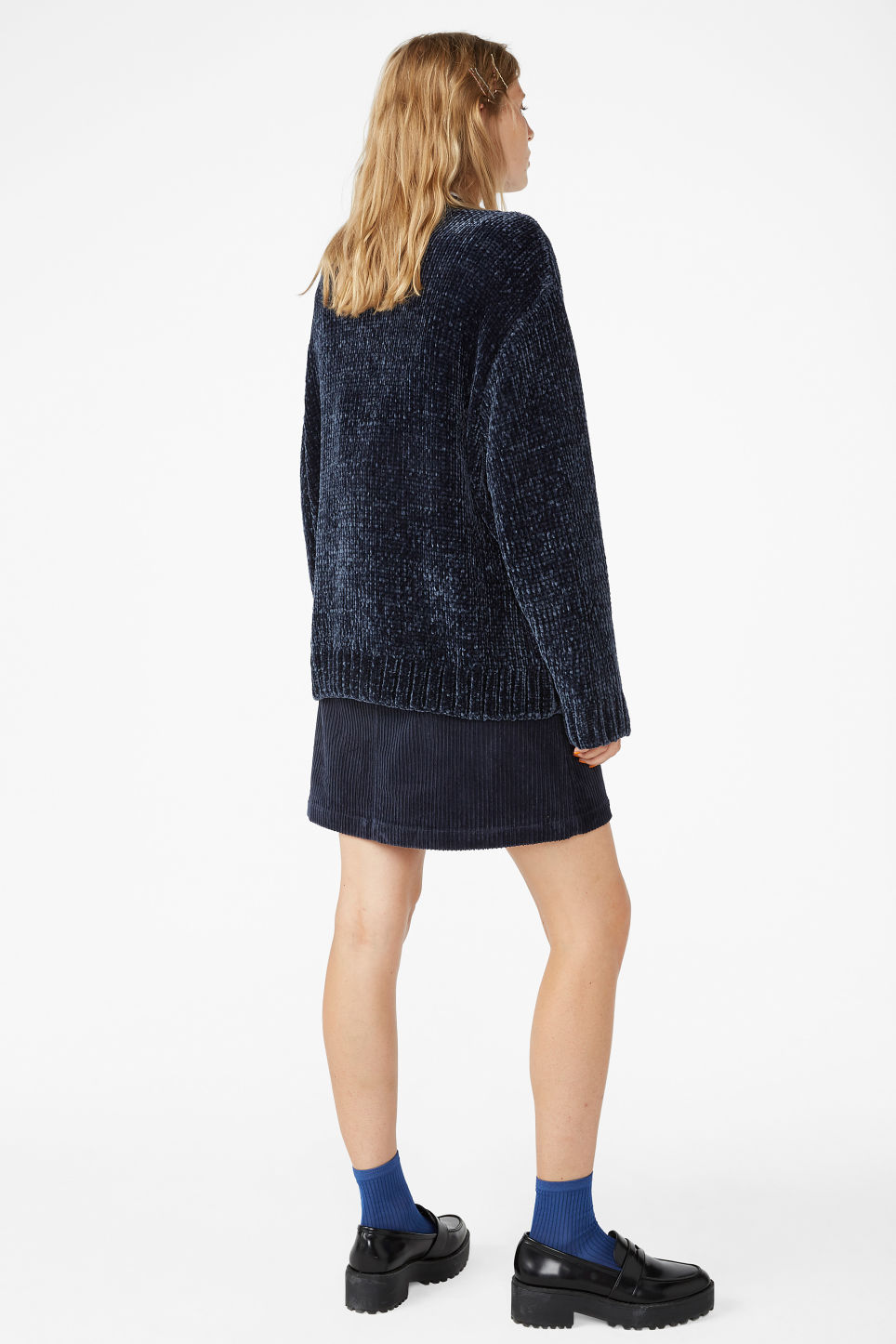 Model back image of Monki velvety knit sweater in blue