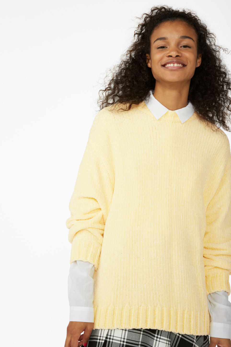 Model front image of Monki velvety knit sweater in yellow