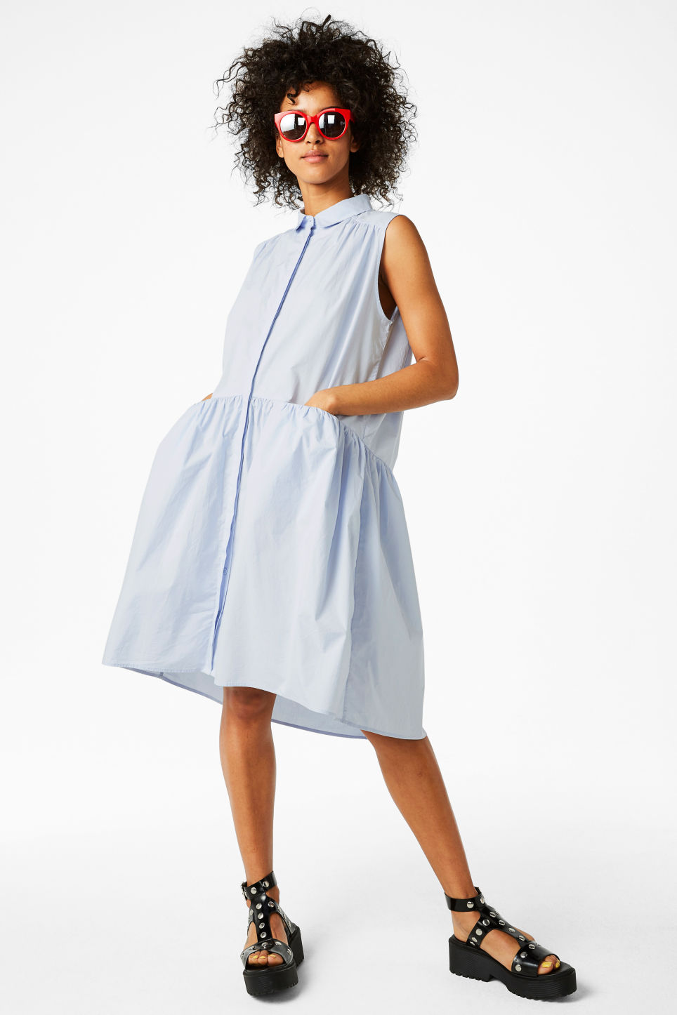 Model front image of Monki sleeveless dress in blue