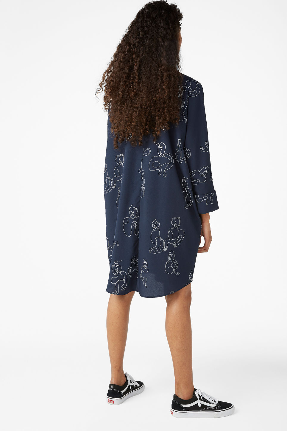 Model back image of Monki oversized shirt dress in blue